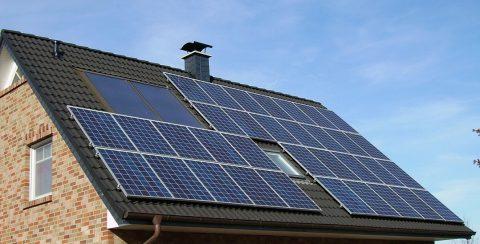 L'étanchéité spéciale pour les toits photovoltaïques